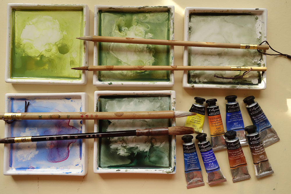 My palettes, paint tubes and chinese brushes - my very good friends!